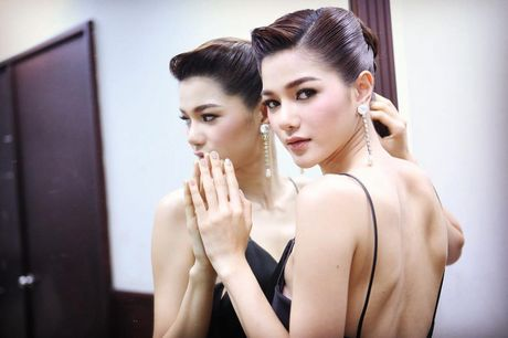 Thang 6/8 thu thach ca nhan, day moi la 'nu hoang' cua The Face Thailand! - Anh 23