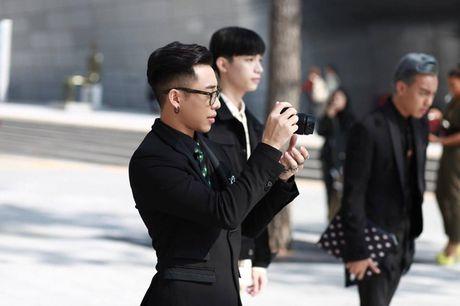 Hoang Ku, Chau Bui, Min cung cac fashionista Viet noi khong kem fashionista Han tai Seoul Fashion Week - Anh 20