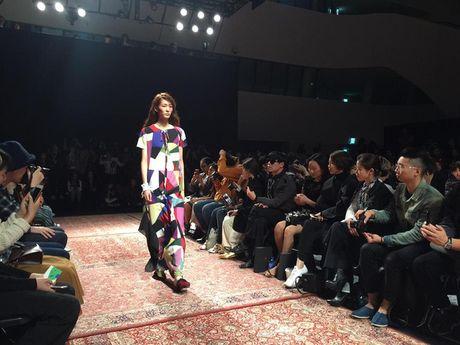 Hoang Ku, Chau Bui, Min cung cac fashionista Viet noi khong kem fashionista Han tai Seoul Fashion Week - Anh 26