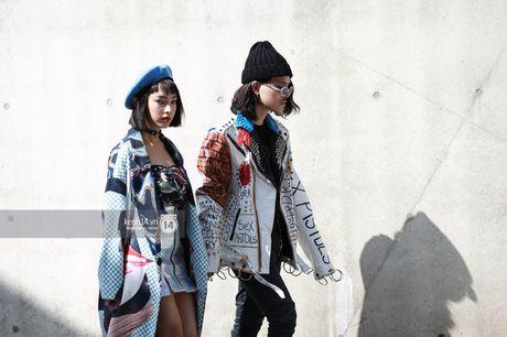Hoang Ku, Chau Bui, Min cung cac fashionista Viet noi khong kem fashionista Han tai Seoul Fashion Week - Anh 4