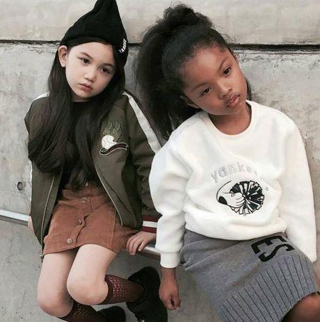 Fashionista hay Ngoi sao? Khong, chinh cac co be cau be nay moi dang 'thong tri' Seoul Fashion Week! - Anh 10