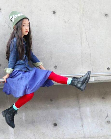 Fashionista hay Ngoi sao? Khong, chinh cac co be cau be nay moi dang 'thong tri' Seoul Fashion Week! - Anh 13