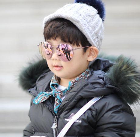 Fashionista hay Ngoi sao? Khong, chinh cac co be cau be nay moi dang 'thong tri' Seoul Fashion Week! - Anh 20