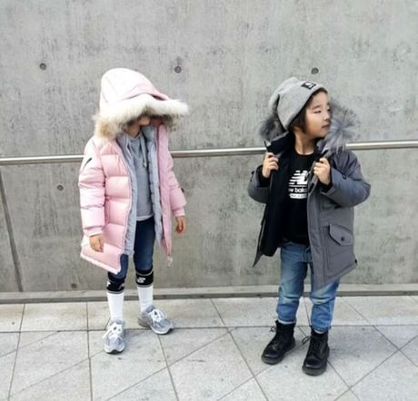 Fashionista hay Ngoi sao? Khong, chinh cac co be cau be nay moi dang 'thong tri' Seoul Fashion Week! - Anh 26