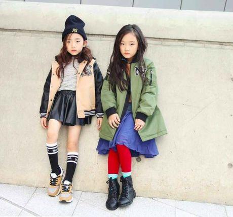 Fashionista hay Ngoi sao? Khong, chinh cac co be cau be nay moi dang 'thong tri' Seoul Fashion Week! - Anh 3