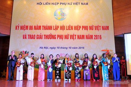 Phat huy pham chat 'Tu tin - Tu trong - Trung hau - Dam dang' - Anh 11