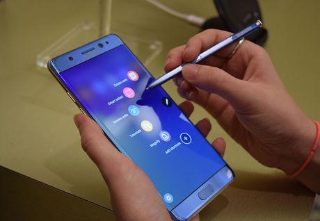 Ngung ban Galaxy Note7, Samsung uoc tinh thiet hai 3,1 ty USD - Anh 1