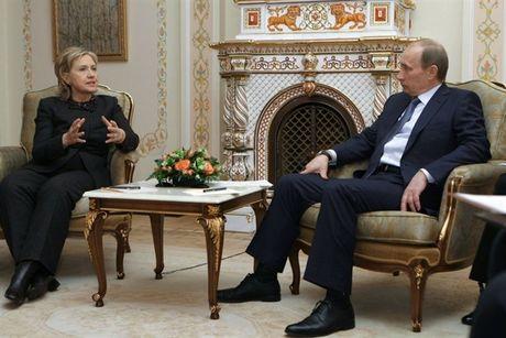 TT Putin khong muon ba Clinton lam tong thong vi 'thu rieng'? - Anh 2
