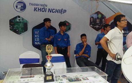 Tung bung ngay hoi khoi nghiep cua thanh nien Viet Nam - Anh 8