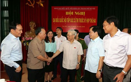 Tong Bi thu: Hu hong ve tu tuong la nguy hiem khon luong - Anh 1
