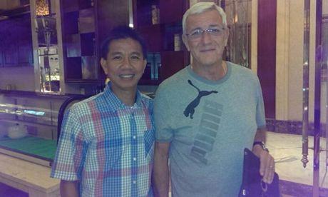 HLV U19 Viet Nam va chuyen ban o to de di hoc - Anh 2