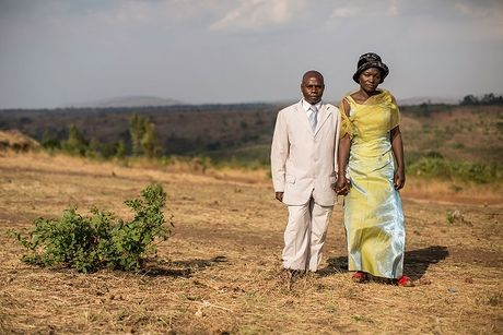 Can canh dam cuoi tap the cua nguoi ti nan Cong-go o Burundi - Anh 12