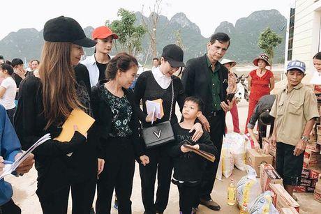 Hanh dong dep cua loat my nhan Viet dip 20/10 - Anh 1