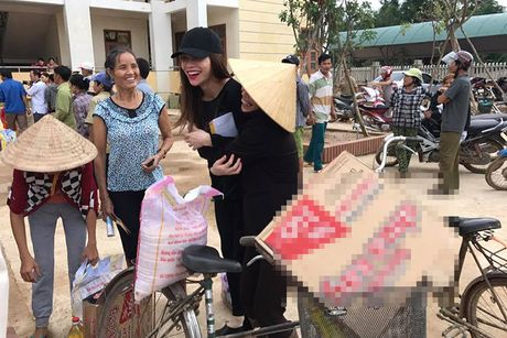 Hanh dong dep cua loat my nhan Viet dip 20/10 - Anh 3