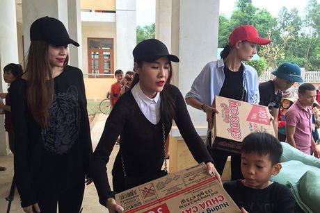 Hanh dong dep cua loat my nhan Viet dip 20/10 - Anh 5