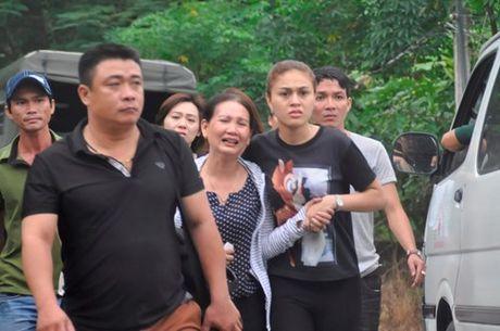 Dau don canh mo duong dua thi the 3 phi cong xuong nui - Anh 6