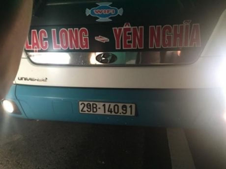 Lai them vu nem da tren cao toc Hai Phong- Ha Noi - Anh 2