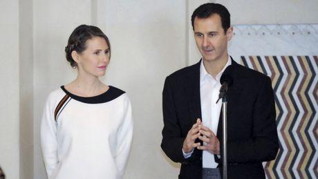 Phu nhan Tong thong Syria tu choi nhieu de nghi ra nuoc ngoai - Anh 1