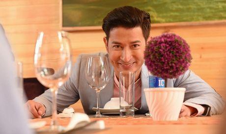 Dien vien Huy Khanh lan dau trai long ve cuoc song hon nhan voi A hau - Anh 2