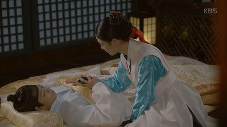 May hoa anh trang tap cuoi: Park Bo Gum - Kim Yoo Jung tra gia dat vi hanh phuc - Anh 6