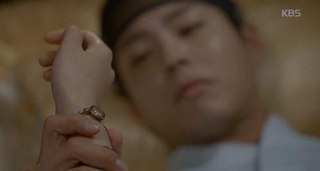 May hoa anh trang tap cuoi: Park Bo Gum - Kim Yoo Jung tra gia dat vi hanh phuc - Anh 7