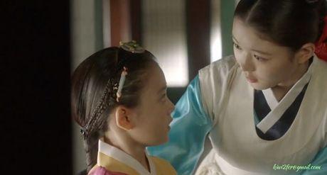 May hoa anh trang tap cuoi: Park Bo Gum - Kim Yoo Jung tra gia dat vi hanh phuc - Anh 8
