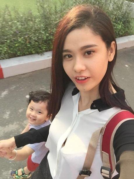 Nhin lai chuyen tinh cua 4 cap doi ca si dep nhat showbiz Viet - Anh 13