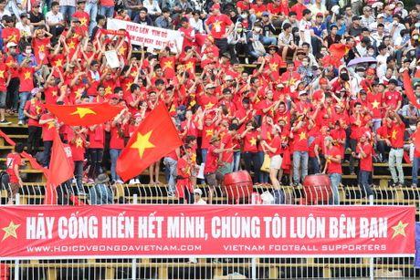 Nguoi Anh thi nhau 'ke xau' bong da Viet Nam - Anh 4