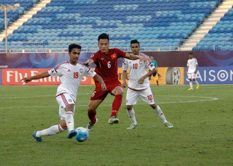 Phia sau mon 'chao chui' cua bao Anh la... U19 Viet Nam - Anh 2