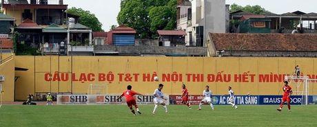 Bong da Viet Nam qua loi ke cua nha bao nuoc ngoai - Anh 3