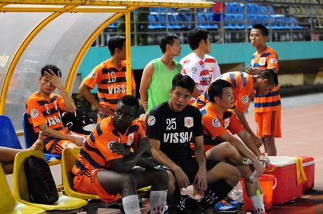 Thuc hu chuyen bong da Viet Nam dung hang 3 the gioi ve tieu cuc - Anh 2