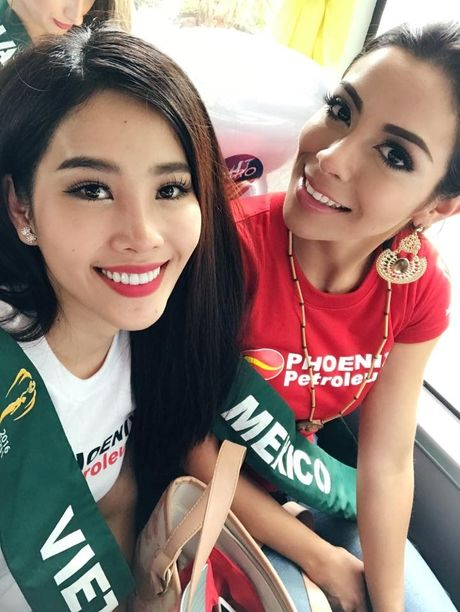 Giai thuong dau tien cua dai dien Viet Nam tai Miss Earth 2016 - Anh 4