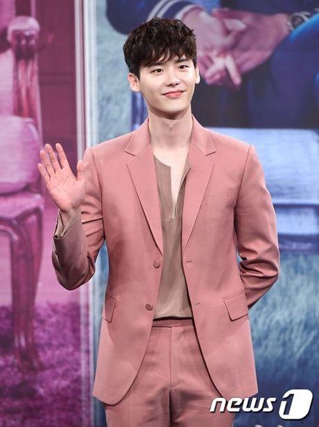 Suit hong - trang phuc quyen ru, thoi thuong cua cac oppa Han - Anh 8