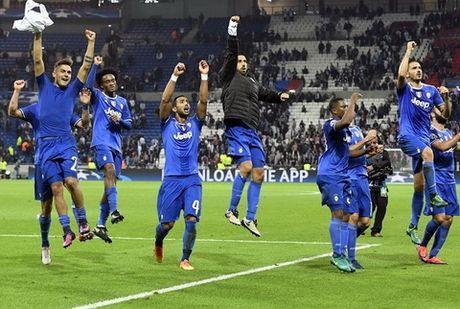 Lyon 0-1 Juventus: Vuot kho tren dat Phap - Anh 1