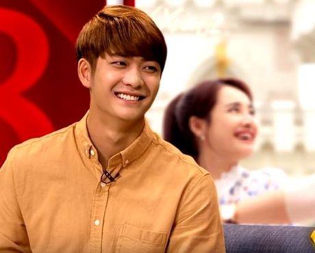 Fan nu lo ngai khi Kang Tae Oh chi muon nam tay Manh Truong - Anh 1