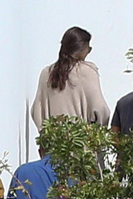 Angelina Jolie trong thanh thoi lan dau xuat hien sau ly hon - Anh 2