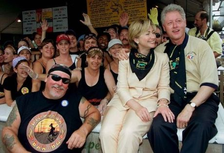 Khoanh khac tinh tu cua ong ba Clinton - Anh 14