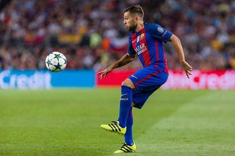 TRUC TIEP Barcelona 1-0 Manchester City: Leo Messi mo ti so - Anh 2
