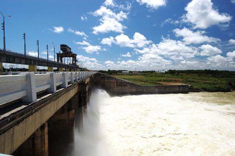 Thủy điện Trị An xả nước