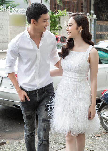 Lộ bằng chứng Angela Phương Trinh và 'gà cưng' Khắc Tiệp yêu nhau?