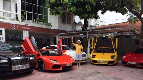 Khám phá bộ sưu tập siêu xe cực 'khủng' của chủ tịch hội thiết bị y tế TP. Hồ Chí Minh