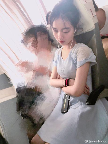 Tiên nữ ngủ gật trên xe và sự thật khủng khiếp