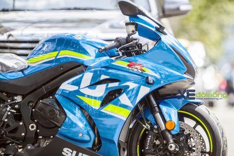 Suzuki GSX-R1000 2017 dau tien ve Viet Nam voi gia 26.200 USD - Anh 1