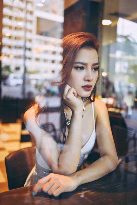 Vua gay tranh cai, Phuong Trinh Jolie lai 'day doi' chi em ve yeu? - Anh 5